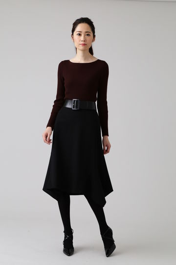 《B ability》ストレッチポンチスカート