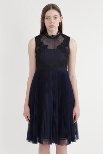 《JILLSTUART White》カタリーナハイネックノースリーブドレス