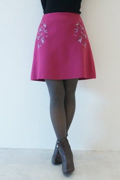 【先行予約_10月中旬入荷予定】フラワー刺繍カラーミニスカート
