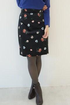 【先行予約_10月上旬入荷予定】ベロアフラワープリントタイトスカート