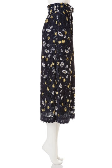 【CanCam 5月号掲載 まいさん着用アイテム】FLORAL LACY GAUCHO