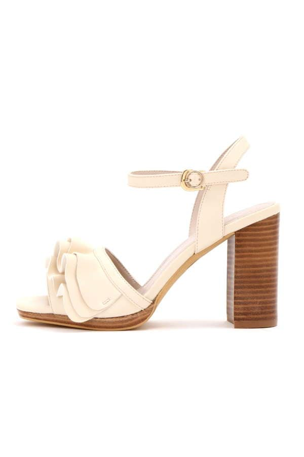 【CanCam 5月号掲載 まいさん着用アイテム】FRILL STRAP SANDAL