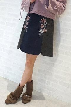 【先行予約_10月上旬お届け予定】バイカラー エンブロイダリー スカート