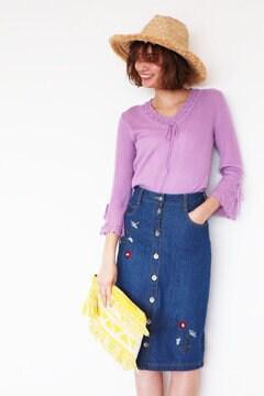 【CanCamコラボ・17SSMOOK BOOK掲載】刺繍ひざ丈デニムスカート