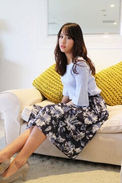 【宮田聡子さん着用アイテム・17SSMOOK BOOK掲載】大花柄フレアスカート