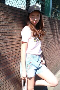【堀田茜さん着用アイテム・17SSMOOK BOOK掲載】刺繍デニムショートパンツ