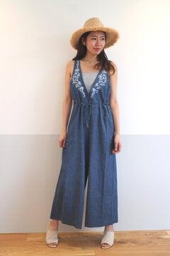 衿ぐり刺繍サロペ