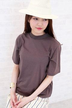 リブネックTシャツ