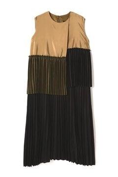 MULLER OF YOSHIOKUBO / slair pleats dress