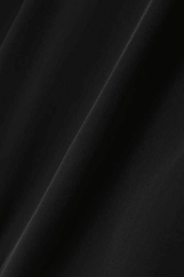 Unaca noir フリルデシンブラウス