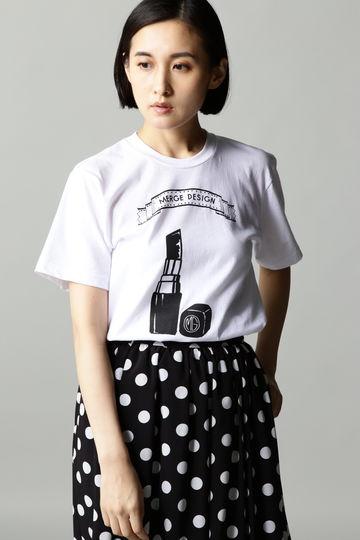 Merge Lipstick Tシャツ