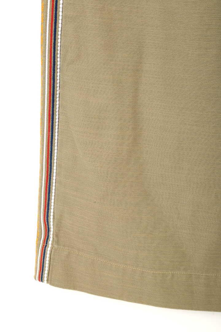 刺繍ラインミリタリーカーゴパンツ