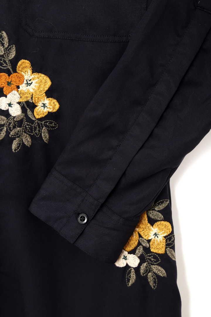 フラワー刺繍シャツワンピース
