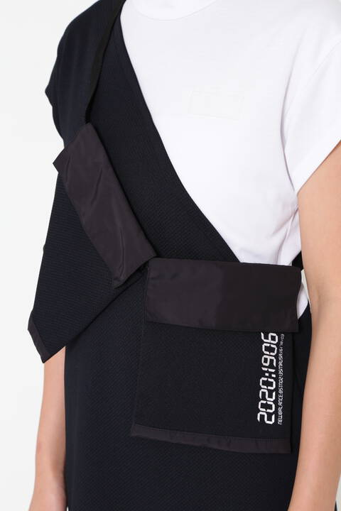 ボディバッグ付き 半袖 モックネック ワンピース (WOMENS SPORT)