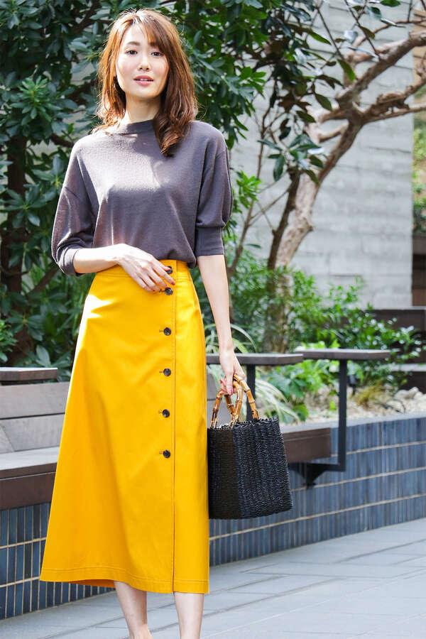 フロントアシメ釦スカート