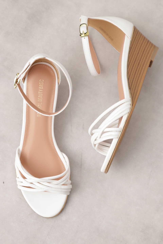 【公式/NATURAL BEAUTY BASIC】メニーストラップウエッジサンダル/女性/靴・サンダル・ミュール/シロ/サイズ:L/(甲皮の使用材)合成皮革(底材の種類)合成底