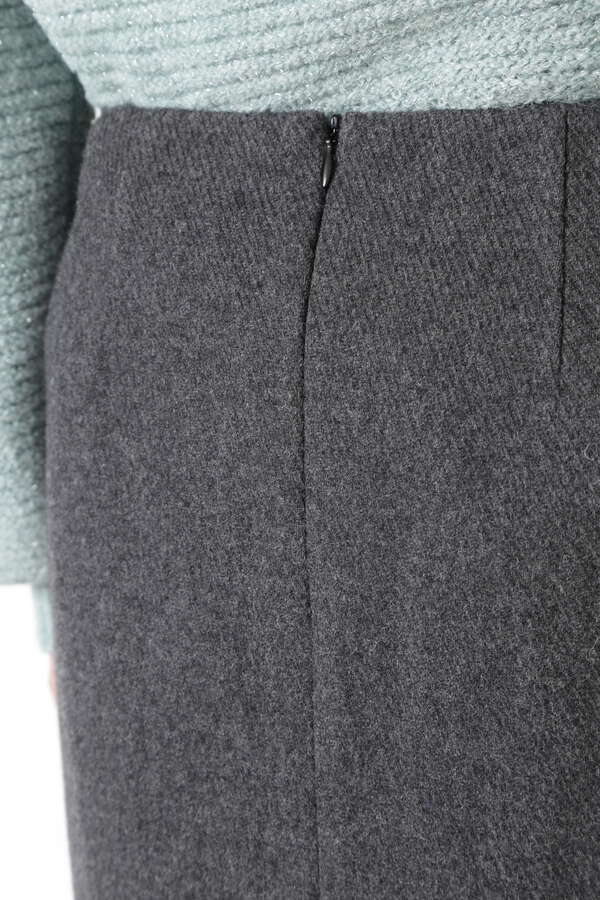 ウールカルゼミルドスカート