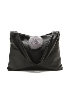 ファーポンポンショルダーバッグ