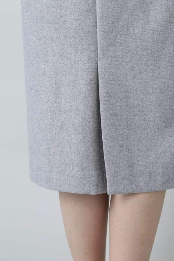 サスペンダーストレートスカート