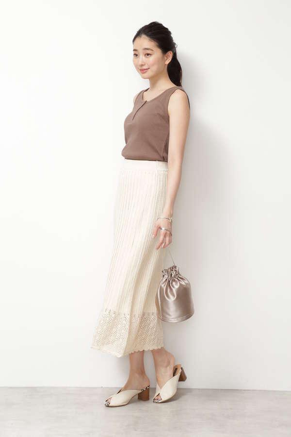 クロシェ編みニットスカート