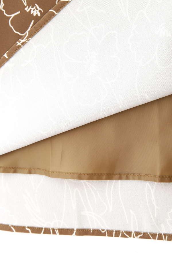 グラフィカルフラワープリントスカート