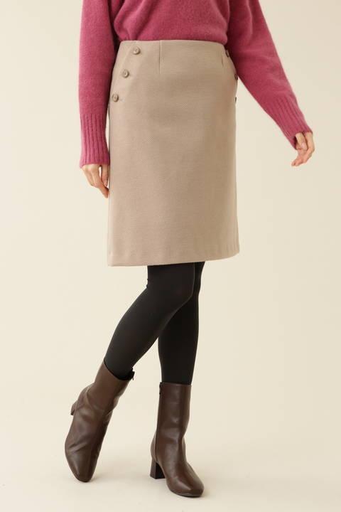 【先行予約_11月中旬-下旬入荷予定】ボタンディテール台形スカート
