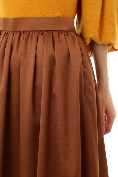 【STORY 12月号掲載】トリアセエンボススカート