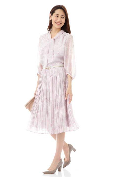 【先行予約 4月上旬 入荷予定】グラフィカルプリントスカート