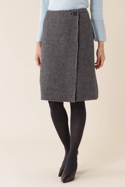 【CLASSY 1月号掲載】チェック柄リバーシブルラップスカート