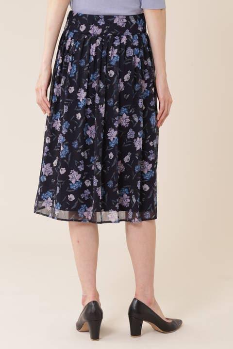 【宇賀なつみさん着用】ボタニカルプリントスカート