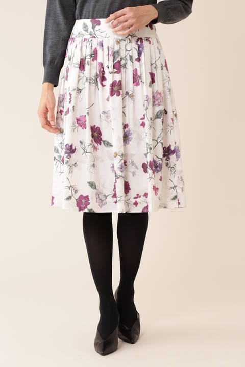 【滝菜月さん着用】[ウォッシャブル]《Purpose》オーバーラップドフローラルプリントスカート