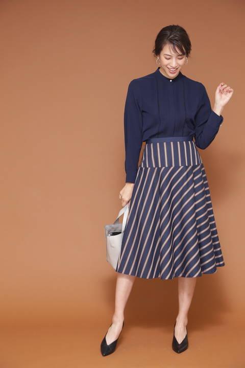 [WEB限定商品]サテンストライプフレアースカート