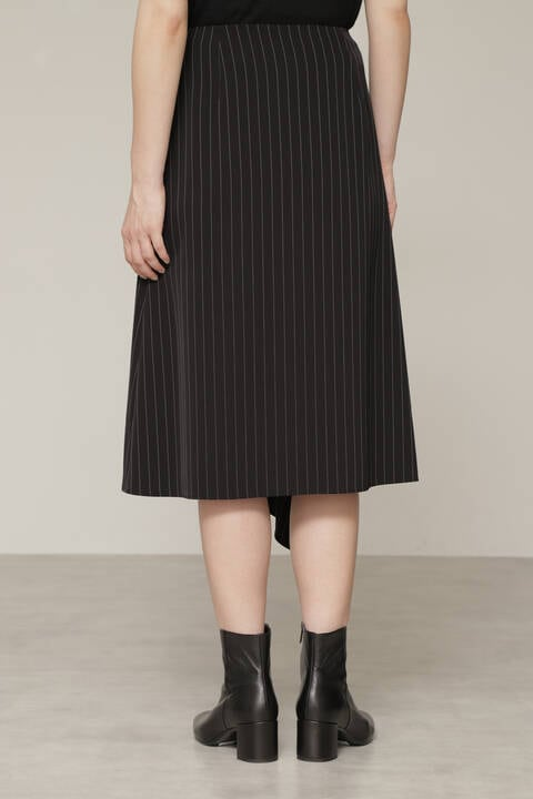 ピンストライプスカート