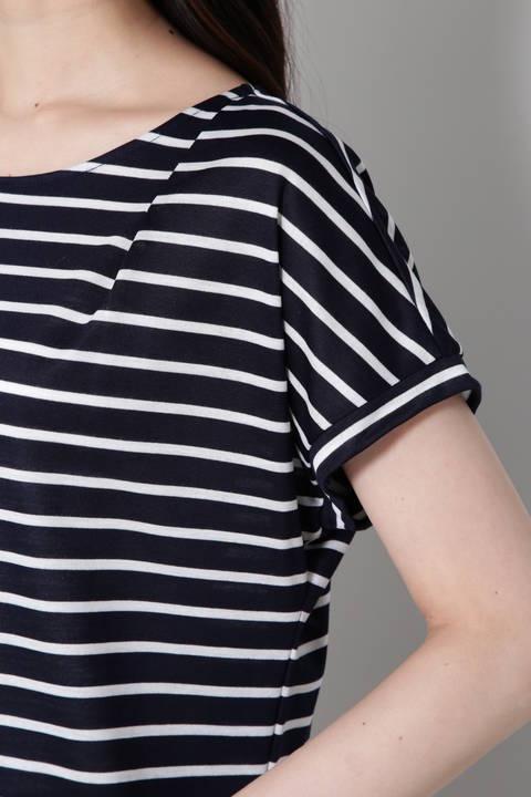 ボートネックボーダーTシャツ