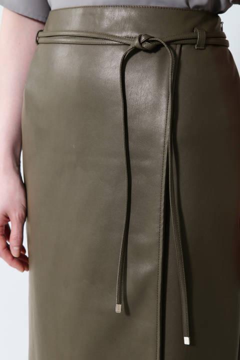 《B ability》フェイクレザーラップ調スカート