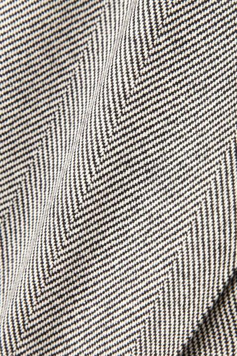 【先行予約 8月下旬-9月上旬入荷予定】《B ability》ヘリンボーンスリットラップスカート