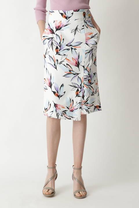 [WEB限定商品]ルミナスフラワープリントスカート