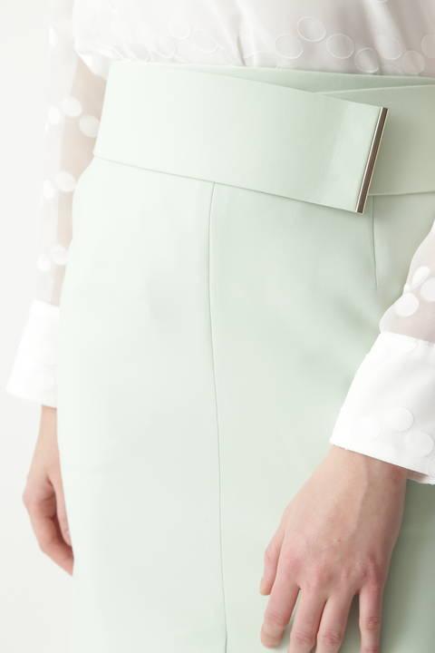メタルバーベルト付きタイトスカート