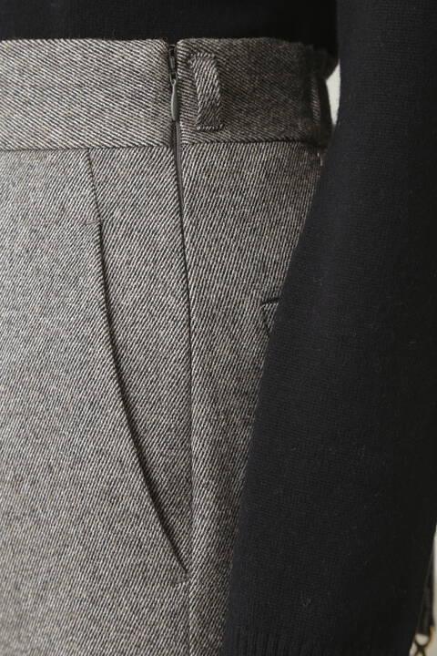 ウエストチェーンベルトスカート