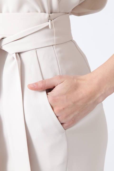 サテンツイルスカート