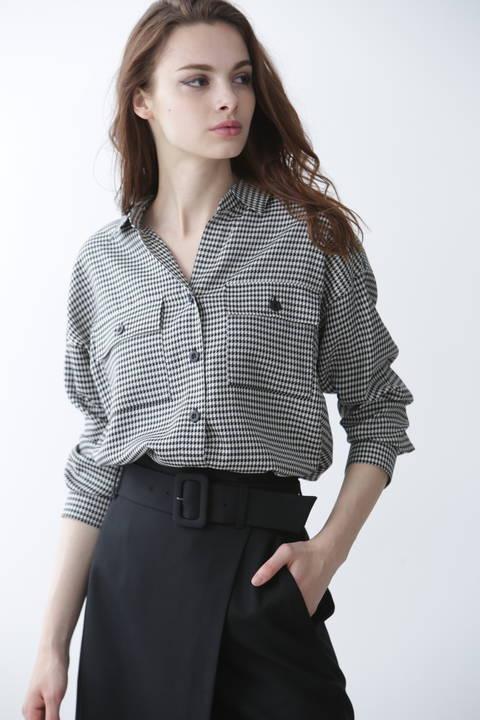 [ウォッシャブル]ミニチドリボリュームシャツ
