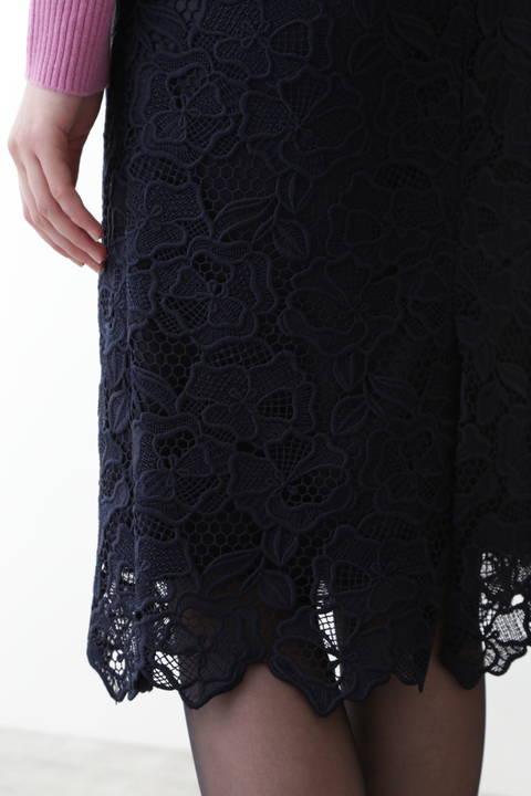 ケミカルフラワーレースタイトスカート