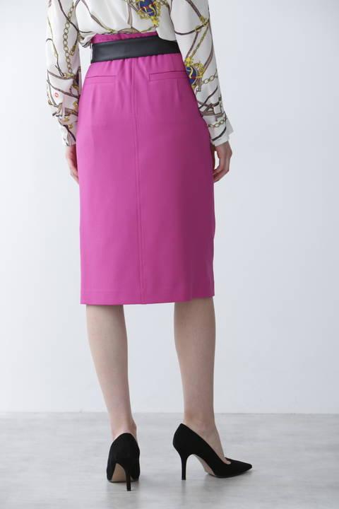 リボンベルト付きフロント釦スカート