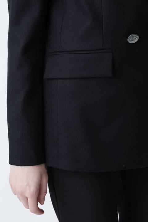 ダブルブレストマスキュリンジャケット