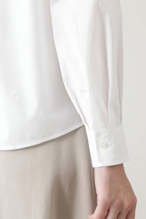 ペーズリー刺繍ブラウス
