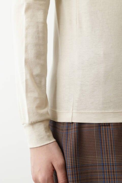 ハイネックロングTシャツ