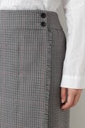 ウールチェックグミ加工ストレートスカート
