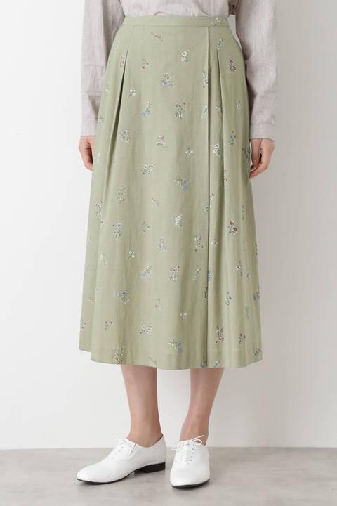 ボタニカルプリントスカート