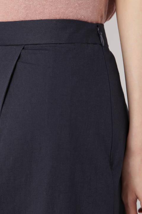 タックプリーツロングスカート