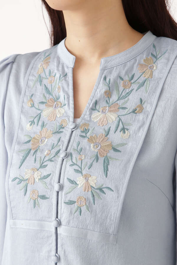 コーネリア刺繍ブラウス